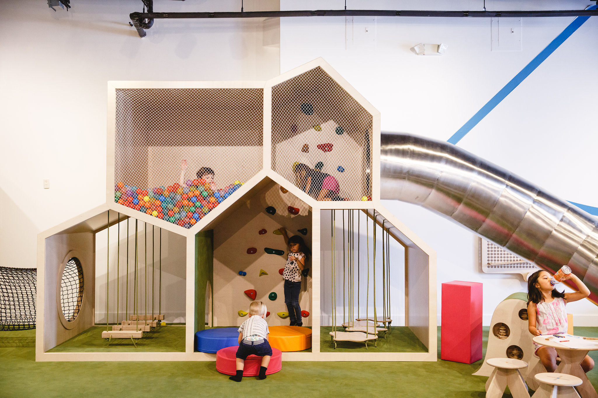 Indoor Playground and Kids Birthday Parties Miami | Pod 22
